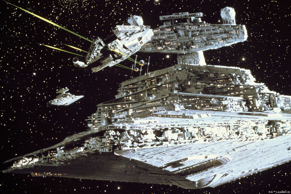 Star Wars - Millennium Falcon Attack