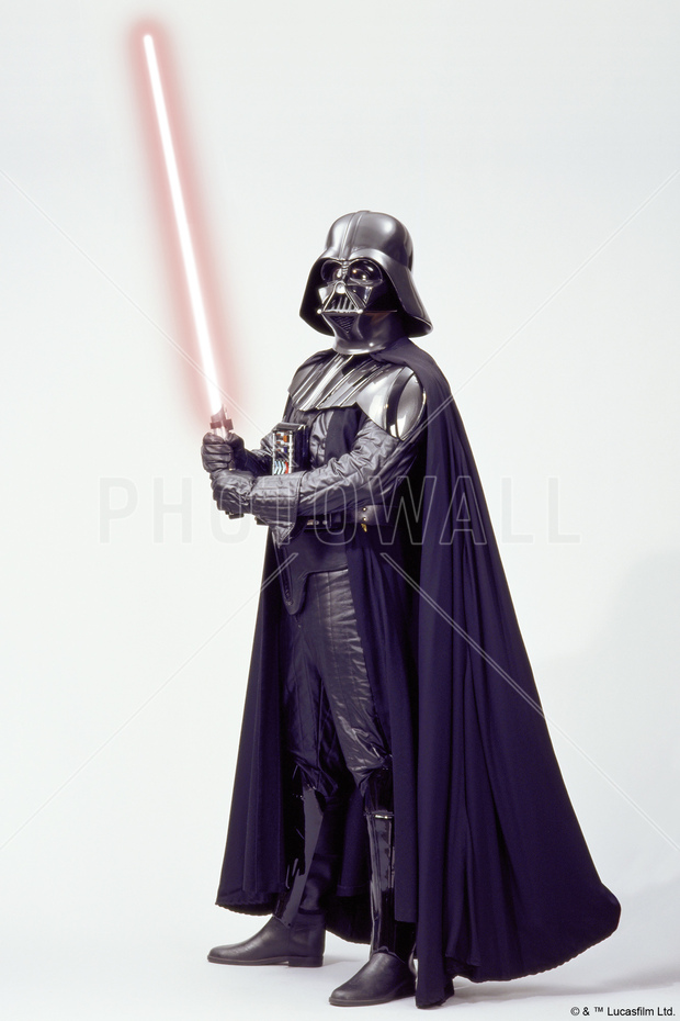 star wars darth vader lightsaber 1 bilder p lerret photowall. Black Bedroom Furniture Sets. Home Design Ideas