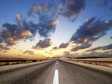 Fototapet - Road under Dramatic Sky