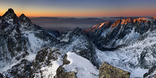 Wall mural - Sun Rise in High Tatras