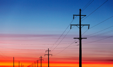 Canvastavla - Power Lines at Sunset