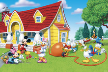 Canvas-taulu - Mickey and Friends - Garden