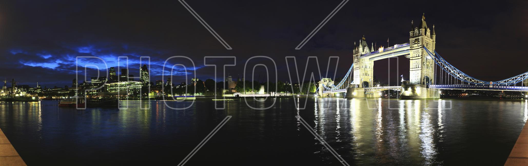 london tower bridge at night wall mural photo wallpaper london tower bridge at night
