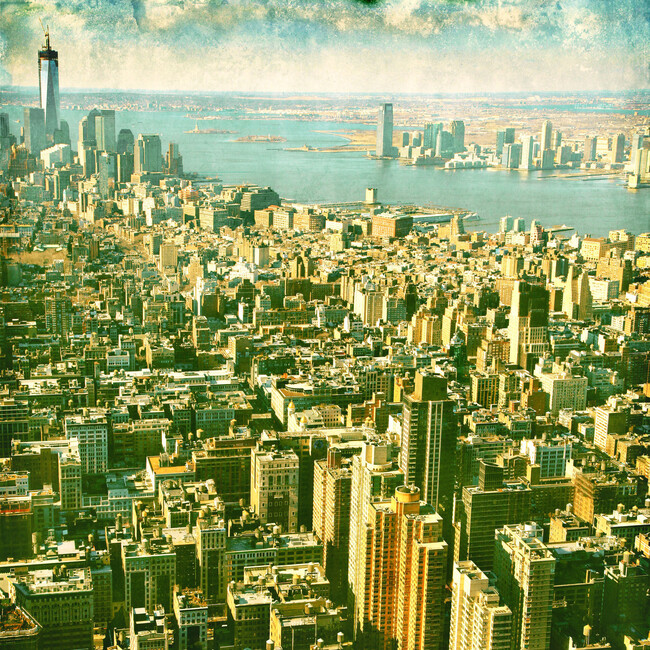 cloudy new york city wall mural photo wallpaper. Black Bedroom Furniture Sets. Home Design Ideas