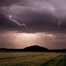 Fototapet - Morning Thunderstorm