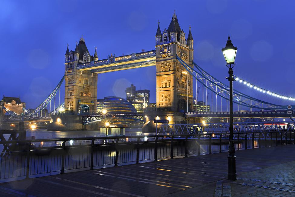 Tower Bridge London - Wall Mural & Photo Wallpaper - Photowall