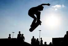 Canvas-taulu - Skateboard Jump