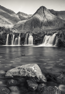 Fototapet - Fairy Pools, Isle of Skye - Scotland