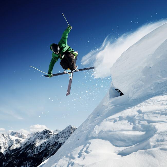 Jumping skier wall mural photo wallpaper photowall - Ski wallpaper ...