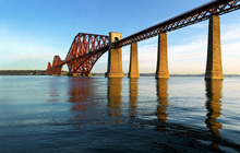 Wall mural - Dawn at Forth Road Bridge, Scotland