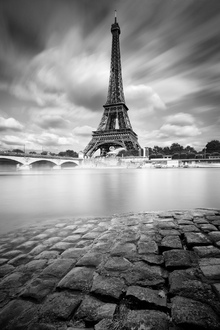 Canvas print - Eiffel Tower Study
