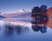 Wall mural - Loch Tay of Kenmore, Scotland