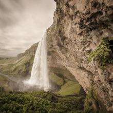 Wall mural - The Power of Seljalandsfoss