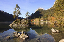 Wall mural - Lake Hintersee