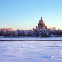 Wall mural - Frozen River Neva
