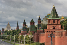Wall mural - The Fortified Walls of Moscow Kremlin