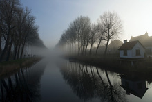Wall mural - Mist across the Canal