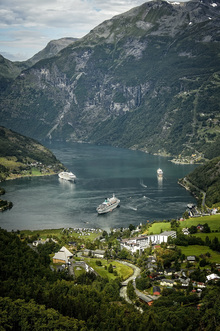 Canvas print - Boats in Geirangerfjord, Norway