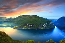 Wall mural - Magical Light over Geirangerfjord, Norway
