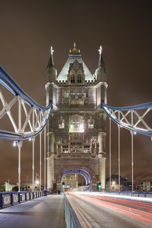 Canvas print - Standing on London Bridge II