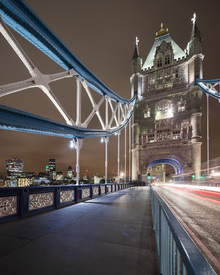 Fototapet - Standing on London Bridge III