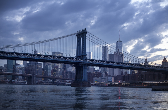 Brooklyn bridge and manhattan bridge wall mural photo for Brooklyn bridge mural wallpaper