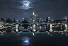 - frankfurt-at-full-moon