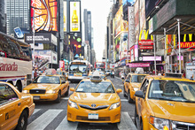 Fototapet - Cabs and Capitalism, New York