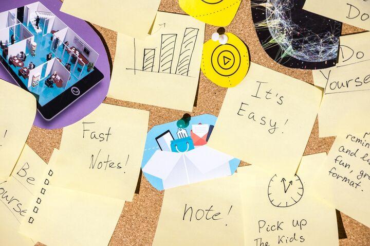 En humørtavle eller idébog er en slags kollage, der udgøres af billeder, tekster eller dele af genstande, der er nødvendig for at få den endelige plan eller idé. Brugen af humørtavler eller idébøger kan give dig en generel idé om, hvad der kommer til at ske. I denne artikel giver vi dig nogle til, hvordan du kan skabe og bruge en humørtavle eller idébog, før dit hjem renoveres.