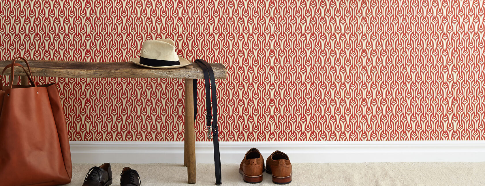 Hallway wallpaper and interior design