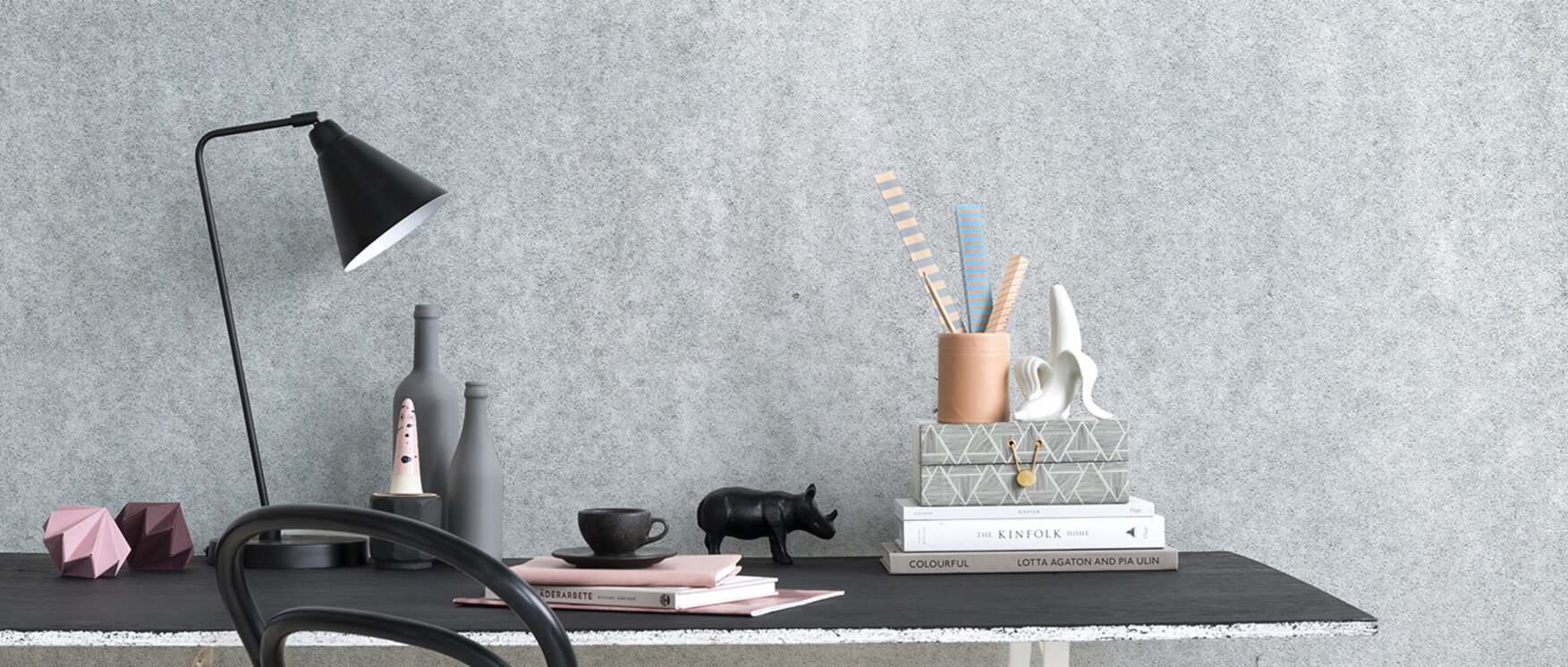 bright concrete wall fototapete nach ma photowall. Black Bedroom Furniture Sets. Home Design Ideas