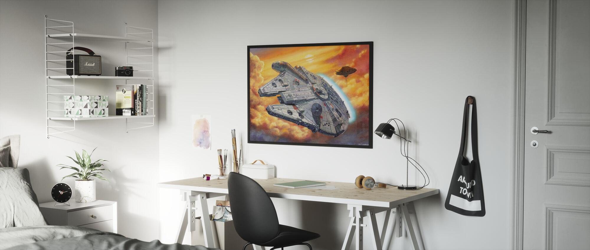 Tähtien sota - Millennium Falcon pilvet - Kehystetty kuva - Lastenhuone