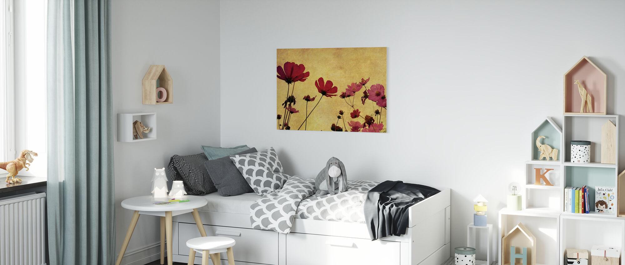 Ouderwetse bloem - Canvas print - Kinderkamer