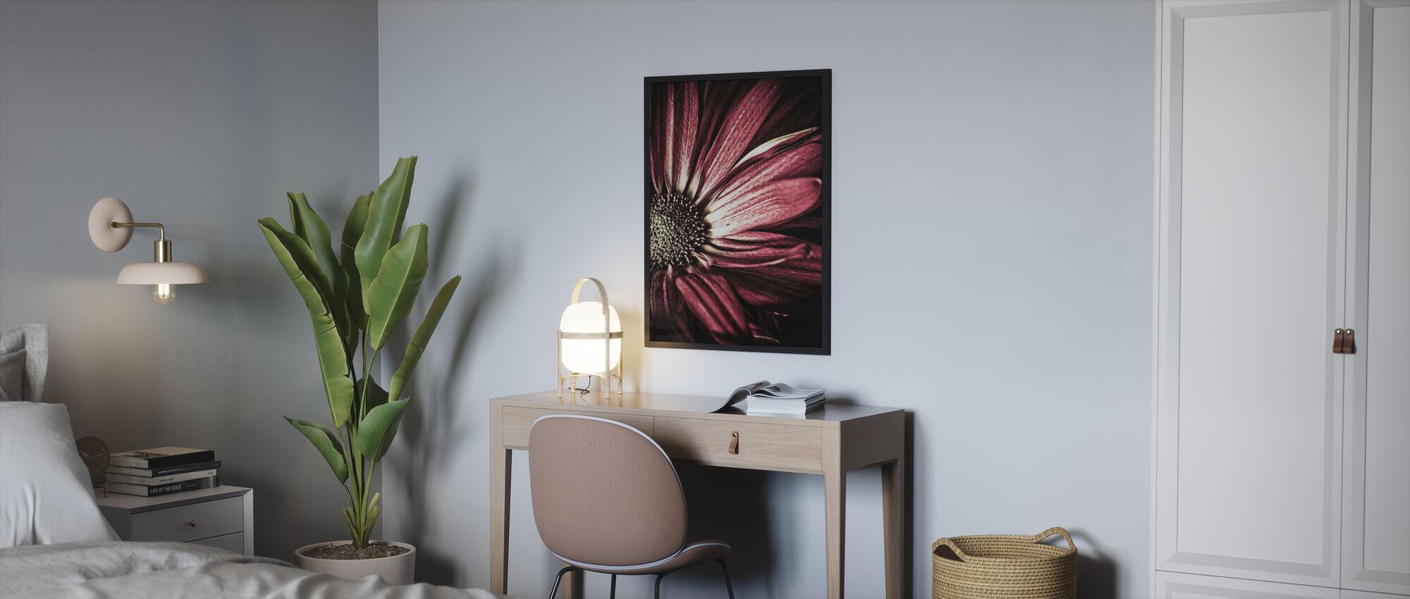 Dark Daisy - Framed print - Bedroom
