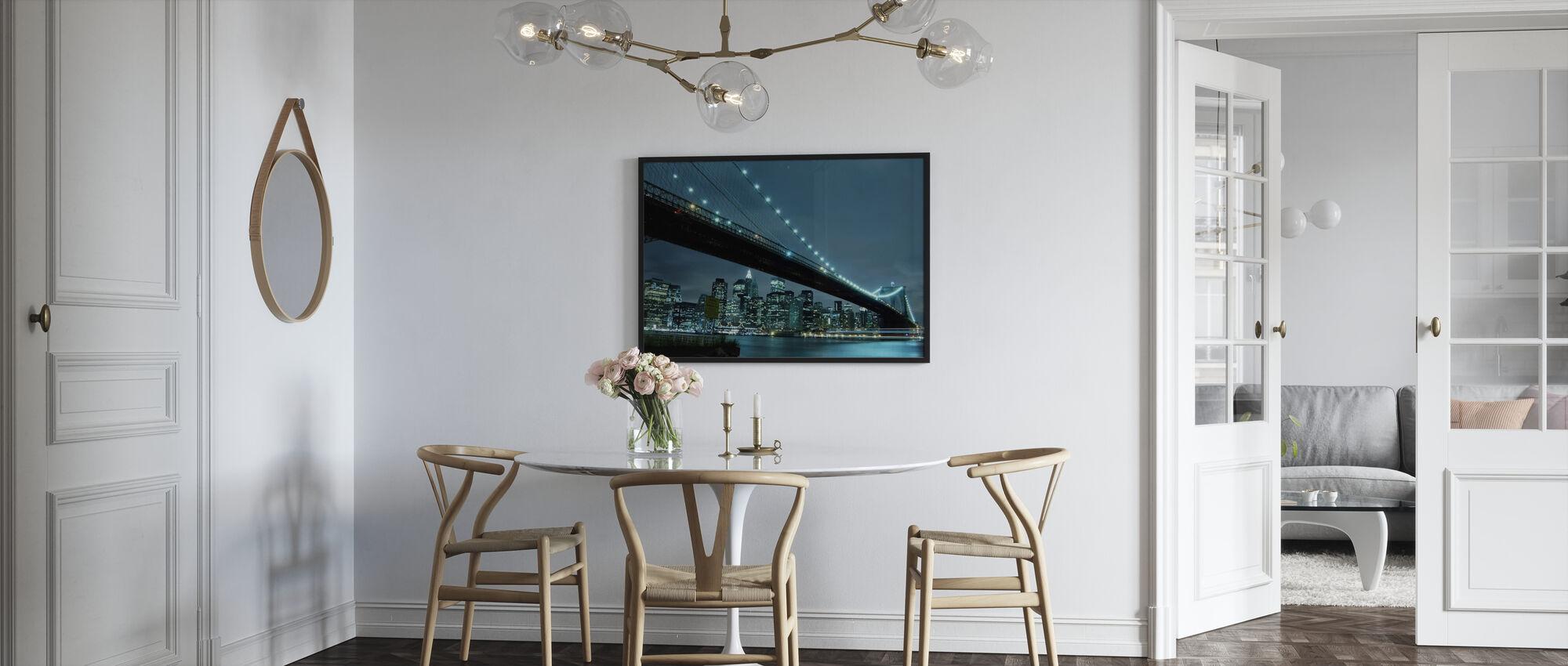 Brooklyn Bridge på natten - Inramad tavla - Kök