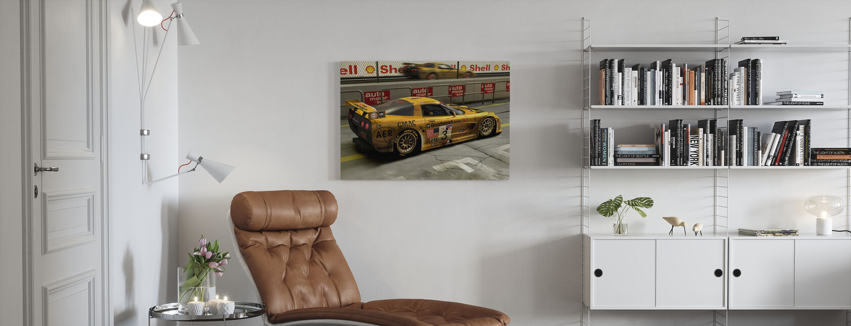 Auto in Pit Lane - Canvas print - Woonkamer
