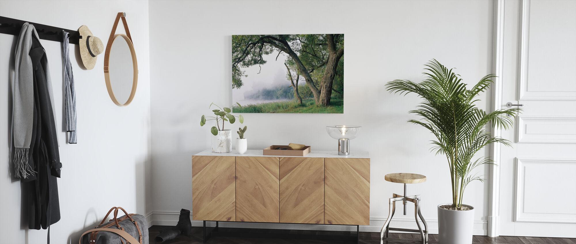 Boom in een mist - Canvas print - Gang