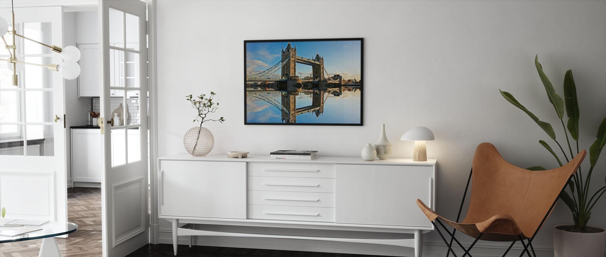 Tower Bridge ved solnedgang - Innrammet bilde - Stue