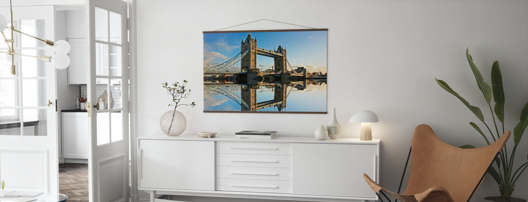 Tower Bridge bij zonsondergang - Poster - Woonkamer