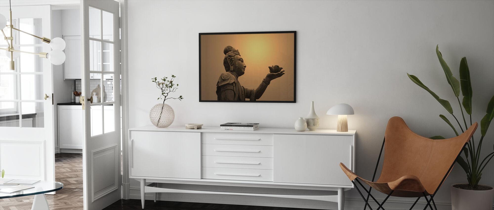 Boeddhistische standbeeld, Hongkong - Ingelijste print - Woonkamer