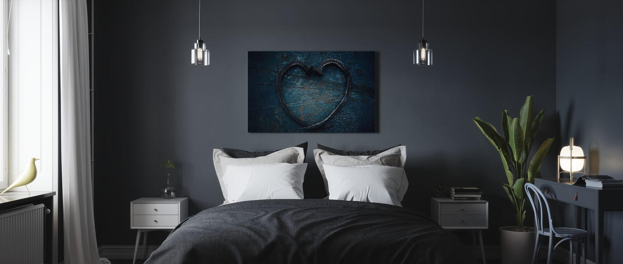 Kynsien sydän - Canvastaulu - Makuuhuone
