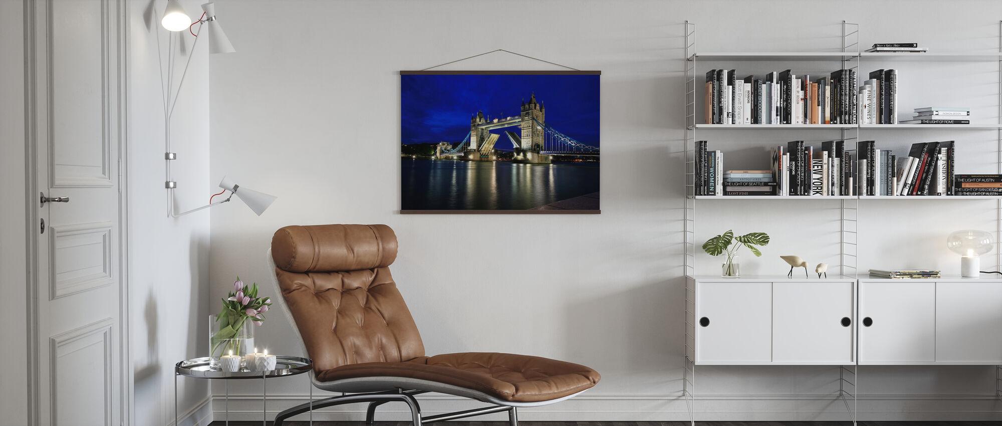 Tower Bridge bei Nacht - Poster - Wohnzimmer