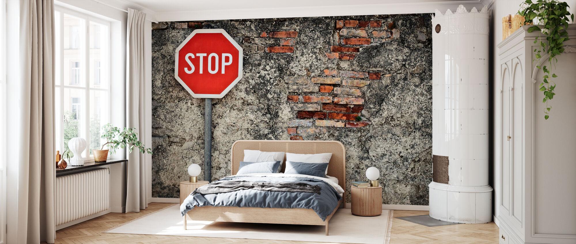 Pysäytä merkki vastaan Grungy Wall - Tapetti - Makuuhuone