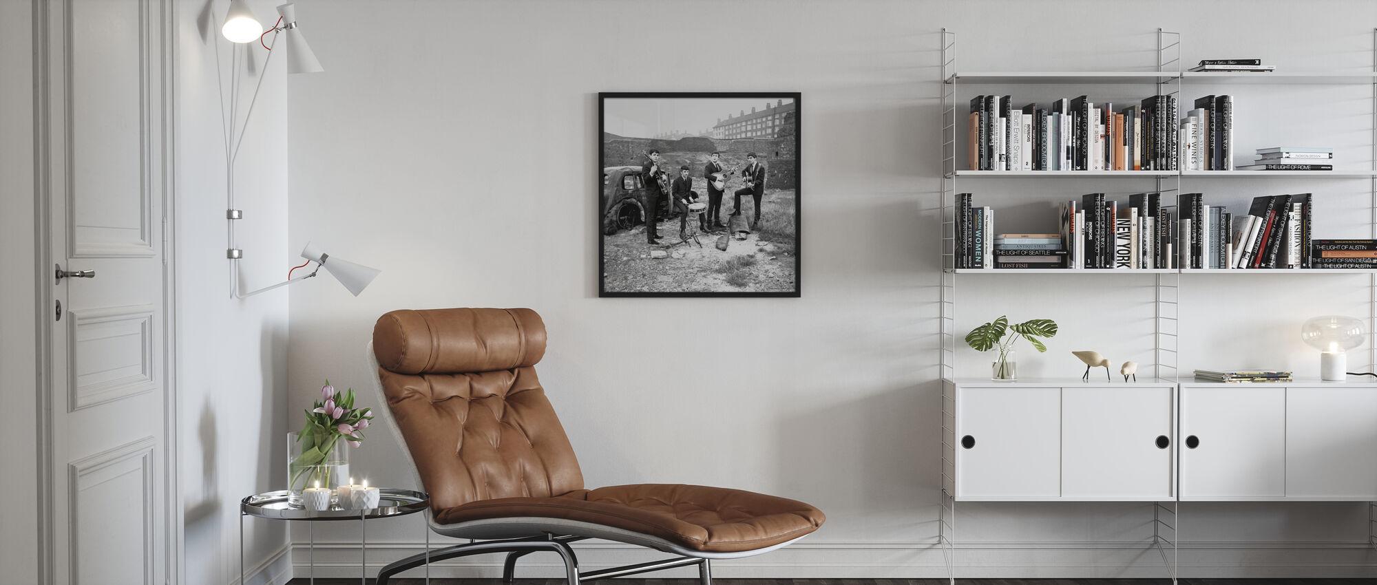 Beatles - hylätty auto - Kehystetty kuva - Olohuone