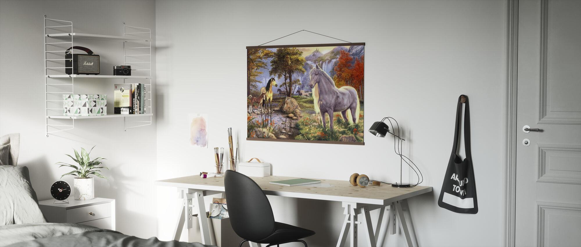 Dolda bilder - Hästar - Poster - Kontor