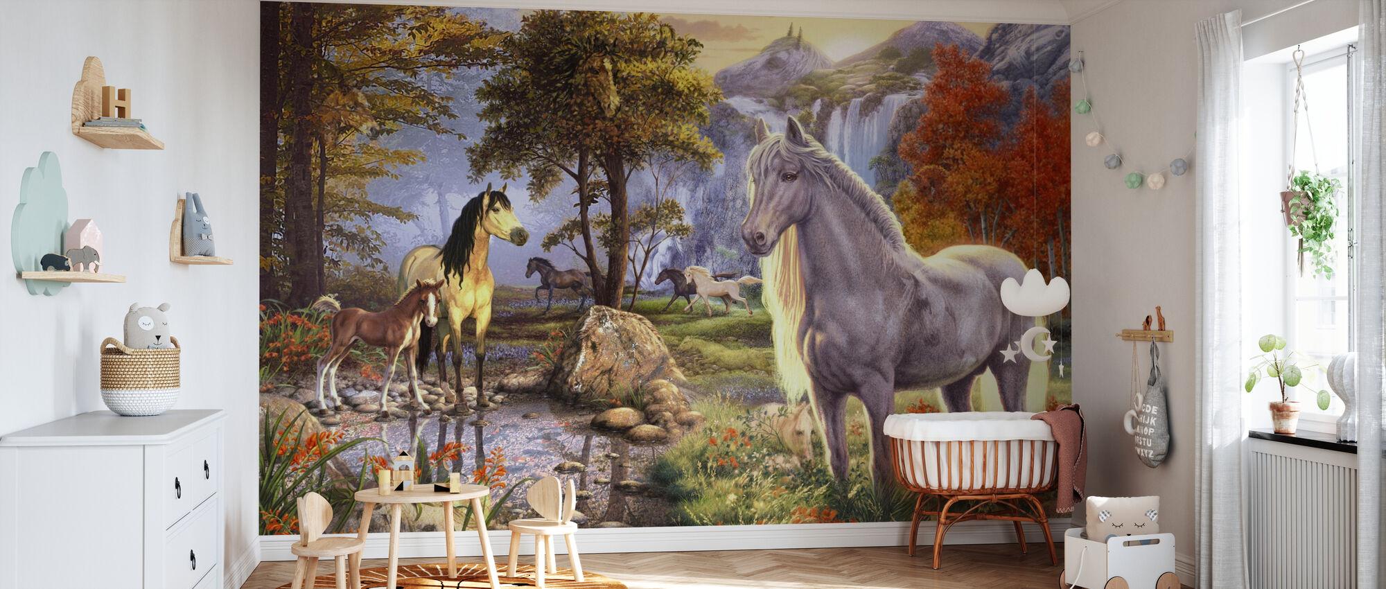 Immagini nascoste - Horses - Carta da parati - Culla