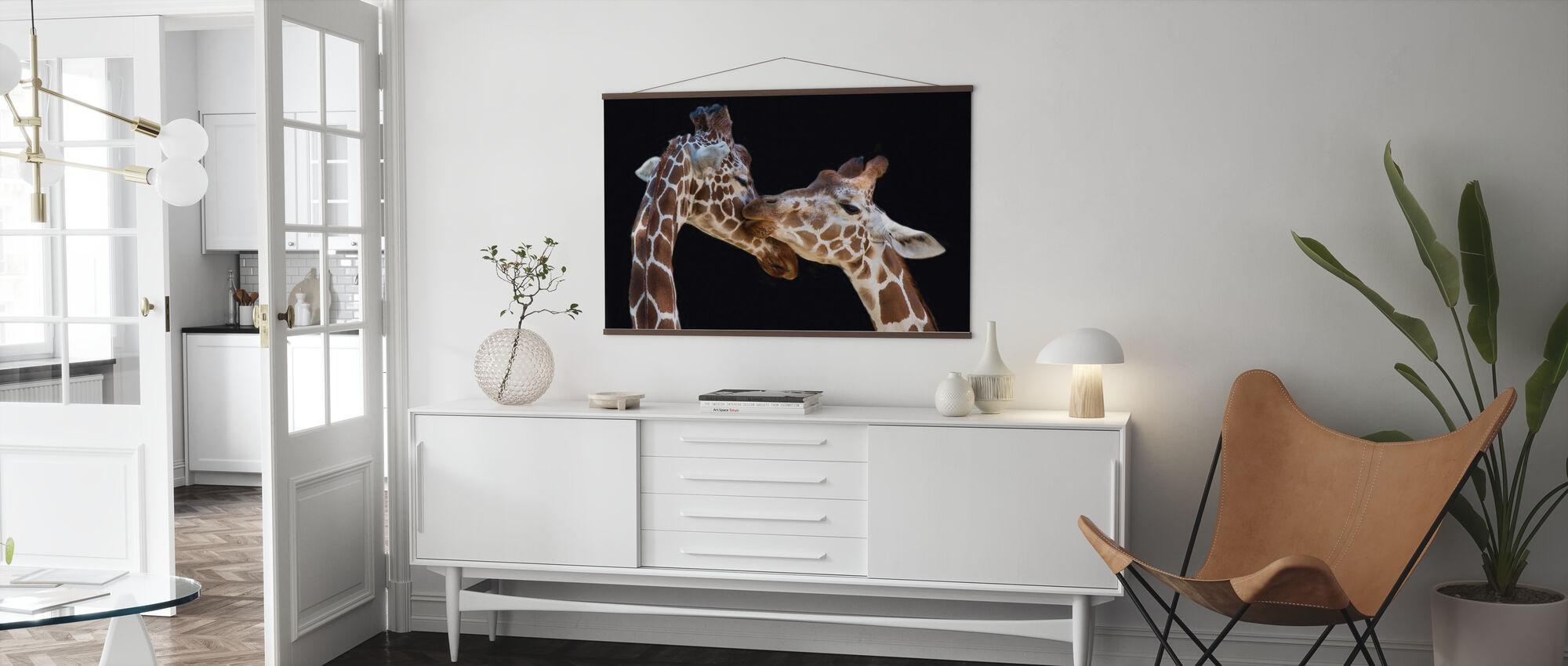 Giraffen zoenen - Poster - Woonkamer
