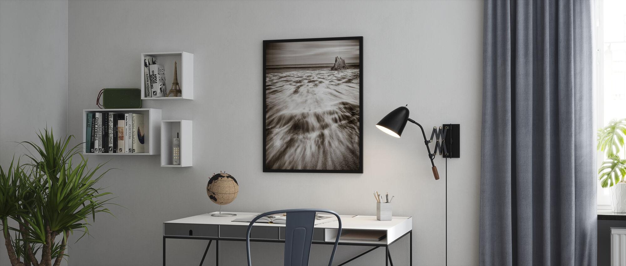 Tide - Framed print - Office