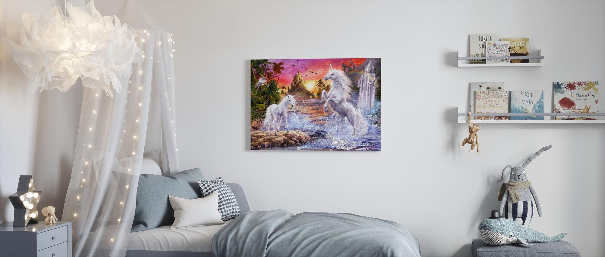 Licorne Coucher de soleil cascade - Impression sur toile - Chambre des enfants