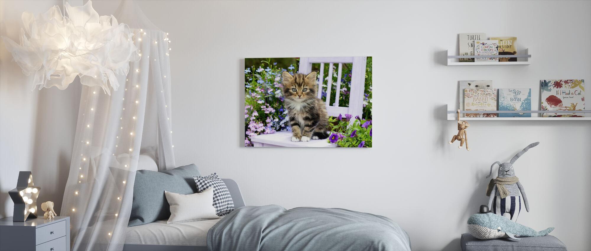 Outdoor Kitten - Canvas print - Kids Room